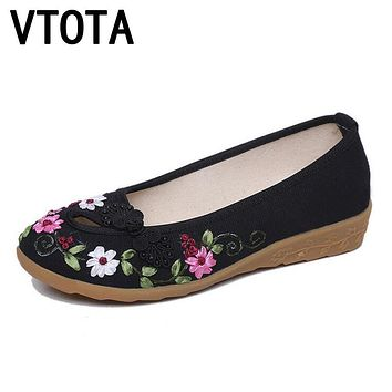 VTOTA Embroidered Shoes Women Flats Flower Slip On Cotton Fabric Comfortable Old Peking Ballerina Flat Shoes Sapato Feminino A3
