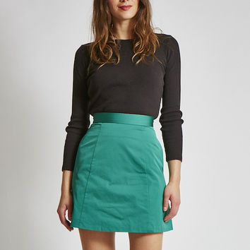 20% OFF CODE: VAUTE A-Line Skirt in Emerald Satin