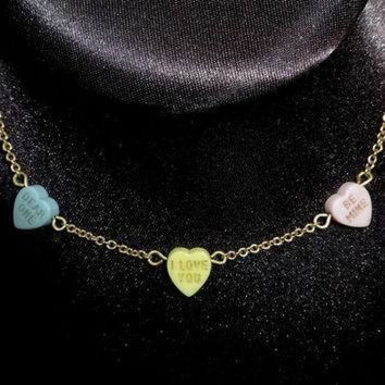 CREYON 1979 vintage avon girls sweet hearts necklace conversation hearts gold tone chain