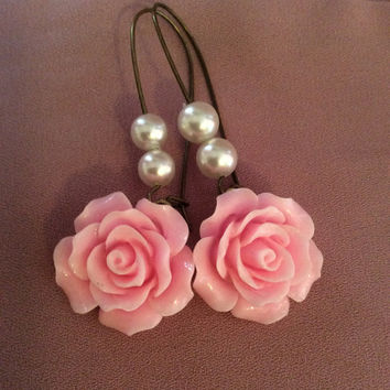 Pink flower earrings bridal jewelry brides maid jewelry pink wedding jewelry wedding earrings pearl earrings vintage chic jewelry