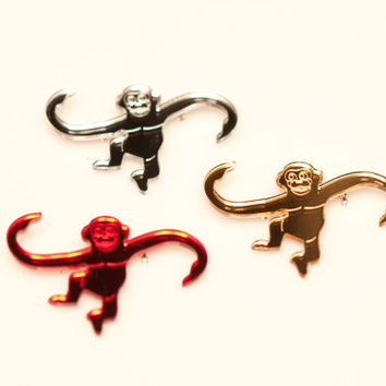 Barrel o' Monkeys Brooches. Laser Cut Acrylic Monkey Toy Pin. Mirror Red, Gold and Silver Perspex. Nineties Nostalgia. Kids Jewellery.