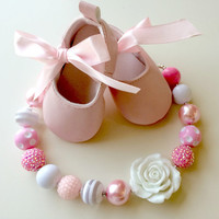 FREE SHIPPING -  Soft Pink and White Chunky Bubblegum Necklace with Pendant