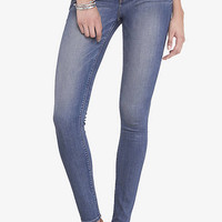 Mid Rise Performance Stretch Legging from EXPRESS