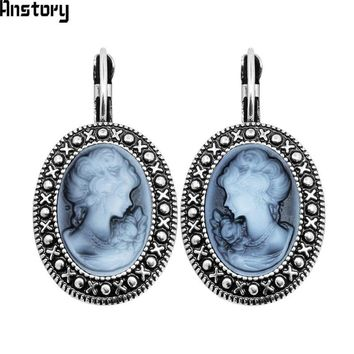 Lady Queen Cameo Hook Earrings For Women Vintage Look Antique Silver Plated Fashion Jewelry TE491