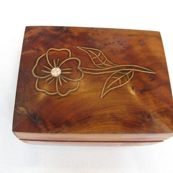 Wooden Carved Flower Jewelry Box - Trinket Box - Trinket Stow - Gift Present Box - Jewellery Box  - Keepsake Box - Vintage Wood Box