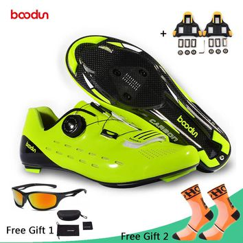 Boodun Professional Carbon Fiber Cycling Shoes Men Racing Road Bike Ultralight Breathable Shoes Self-Locking Bicycle Sneakers