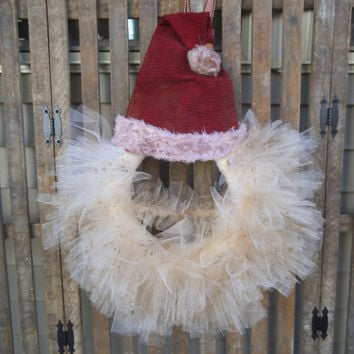 Santa Wreath- Primitive Santa Wreath - Santa Hat - Christmas Wreath - Grungy Santa- Rustic Christmas -  Holiday Decor - Photo Prop