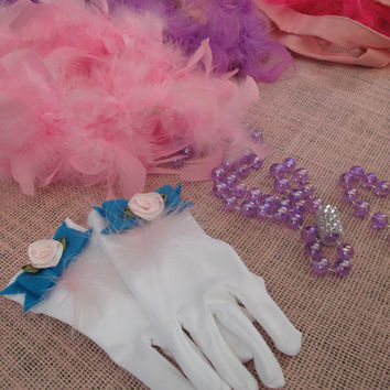 Set of 6 Tea Party Dress Up Favor Bag with Gloves Boa Jewelry / Kids Costumes / Outfits Special Occasions / Birthday Parties / Favors
