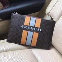 COACH MEN'S LEATHER ZIPPER HAND BAG
