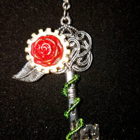 Steampunk key and flower necklace, steampunk jewelry, steampunk key necklace, key and flower necklace, key necklace, key jewelry, gear