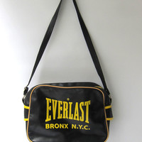 Vintage Everlast plastic sports carryall sports bag