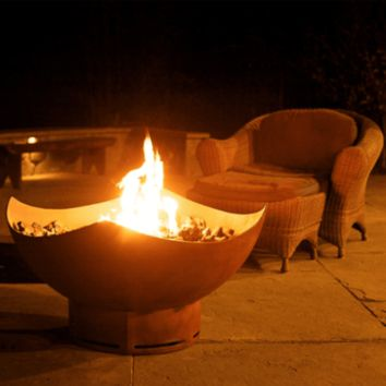 """Manta Ray 36"""" Steel Fire Pit by Fire Pit Art"""