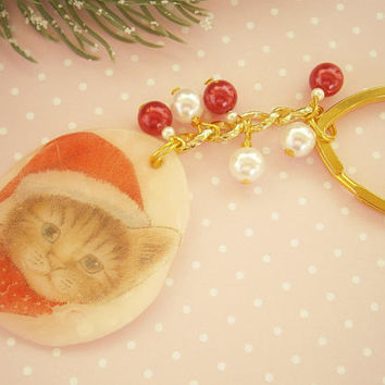 Christmas Keychain- Holiday Cat Keychain - Polymer Clay Keyring - Fimo Charms - Gift for Cat lovers - X-mas Gifts - Tabby Cat Key chain