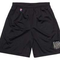 UNDEFEATED STRIKE BASKETBALL SHORT | Undefeated