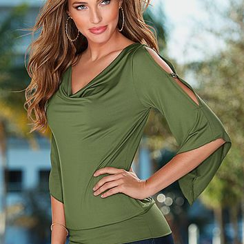 Grommet sleeve top