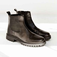 Silence + Noise Simple Chelsea Boot - Black
