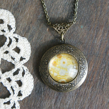 Vintage Textile Locket - Abstract Yellow