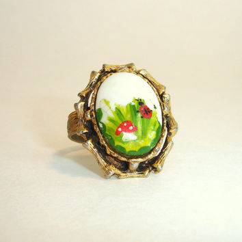 Vintage Ring: Hand Painted Ladybug and Mushroom Ceramic Ring, Estate Costume Jewelry, Gold Tone Adjustable Ring