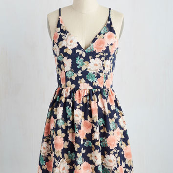 Find Your Grace in the Sun Dress in Navy | Mod Retro Vintage Dresses | ModCloth.com