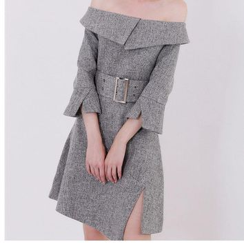 The new women's sensible grey off-the-shoulder one-word neck dress shows a thin skirt with a fork and waist