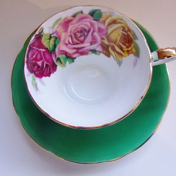 Aynsley England Bone China Green Three Roses Tea Cup and Saucer C1147