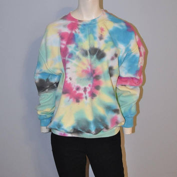 Vintage 1990's Crewneck Tie Dye Sweatshirt Pink Blue Yellow Grunge Hippie Size Medium TieDye Sweatshirt Athletic Retro Rainbow Swirl
