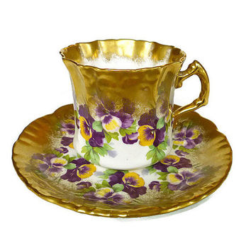 Hammersley and Co, Teacup Saucer, Pansy Flower, Gilded Gold, Bone China, Made in England, Tea Accessories, Vintage Drinkware