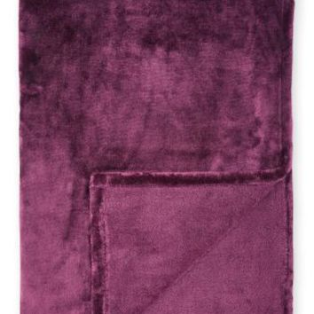 Buy Super Soft Fleece Throw online today at Next: Deutschland