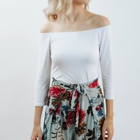 So It Goes Off The Shoulder Basic (White)