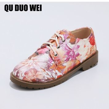 2018 Spring Women Flats Flower Embroider Casual Oxford Shoes Ladies Lace Up Ballerina Flat Shoes Manual Creepers Ballet Flats