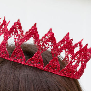 Red Queen Fairytale Lace Crown