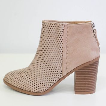 Wynstelle Booties - Sand