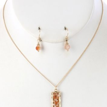 Peach Iridescent Glass Bead Cluster Pendant Necklace And Earring Set