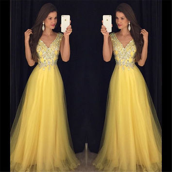 Party Dress Evening Dresses New Arrival Luxury Crystal Beaded Yellow Chiffon A-Line Sexy V-Neck Rhinestone Long Prom Gowns