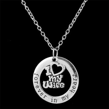 Chrismas Wife Gift I Love You Wife Necklaces Pendant For Man Husband Classic Round in My Heart Necklace Best Friendship Jewelry