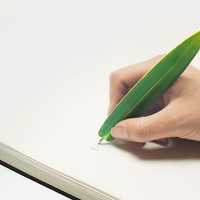 Bamboo Leaf Bookmark and 0.8mm Ballpoint pen / 101323719