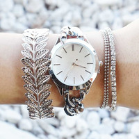 Silver Simple Minimal Watch with Matching Silver Tone Bracelets Arm Candy Watch