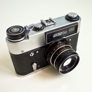Vintage Russian film camera 35mm Fed 5B by EuroVintage on Etsy