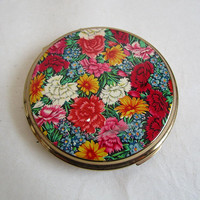 Vintage 1960s Make Up Compact STRATTON Red Pink Floral Gold Tone Face Powder Holder Container