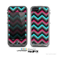 The Sharp Pink & Teal Chevron Pattern Skin for the Apple iPhone 5c LifeProof Case