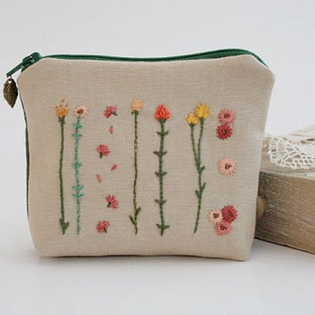 Zipper Coin Purse - Unique Floral Hand Embroidery Design - with Wild Flowers