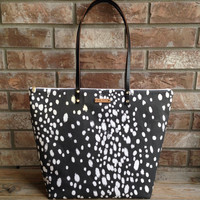 Large Dot Print Zipper Tote, Speciality Fabric, fall tote, overnight bag, Weekender, Large Shoulder bag, Zipper tote