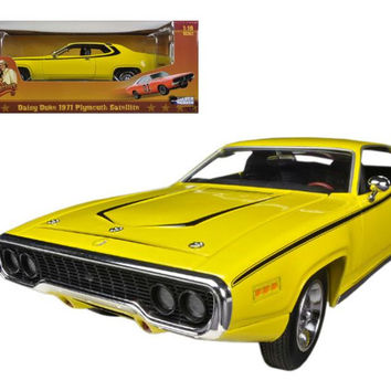 "1971 Plymouth Satellite Yellow ""Dukes Of Hazzard"" Limited to 2000pc 1-18 Diecast Model Car by Autoworld"