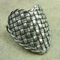 Woven Heart Ponytail / Scarf Holder in Fine Silver by PartsbyNC