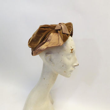 Vintage John Frederics Caramel Hat The Blum Store Womens Hat 1940s Calot Velvet Bonnet Hat Tan 1920s Style Cloche Hat