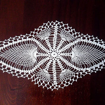 Pineapple Garden Table Cloth, Living Room Decor Crochet Doily, Handcrafted Desk Doily, Oval Centerpiece, White Lace Doily, Shabby Chic Decor