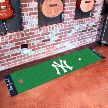 "MLB - New York Yankees Putting Green Runner 18""x72"""