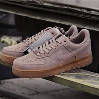 Nike Air Force 1 '07 LV8 SUEDE 35 Anni Pink AA1117-600