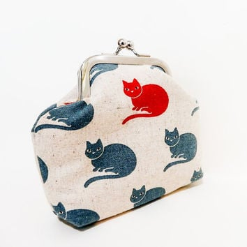 Coin Purse, Metal Frame Coin Purse, Small Purse, Cat Snap Pouch, Kisslock Pouch, Cute Pouch, Japanese Import with Cats in Red and Blue