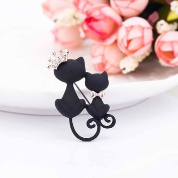 Cute Parents Smooth Black Cat Brooch Crystal Crown Queen Corsage Flower Towel Pin Crystal Scarf Clothing Button